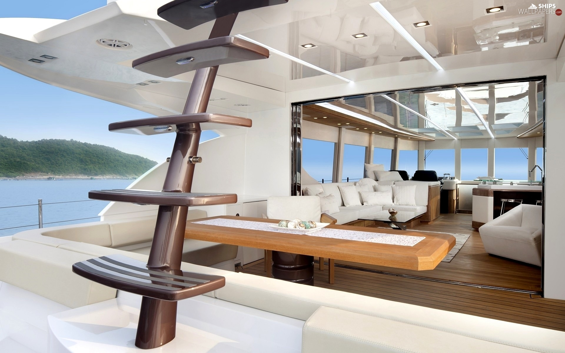 http://weboatlovers.wehomeowners.com/wp-content/uploads/2016/07/Yacht-Photo_001.jpg