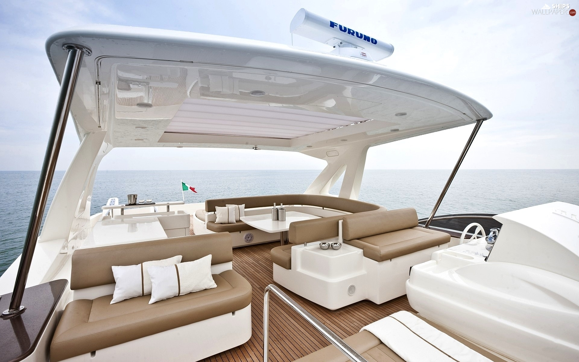 http://weboatlovers.wehomeowners.com/wp-content/uploads/2016/07/Yacht-Photo_002.jpg